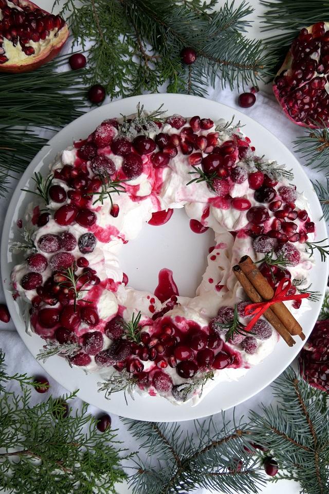 Pavlova ako vianočný veniec
