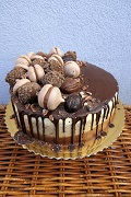 Gaštanová ombre torta
